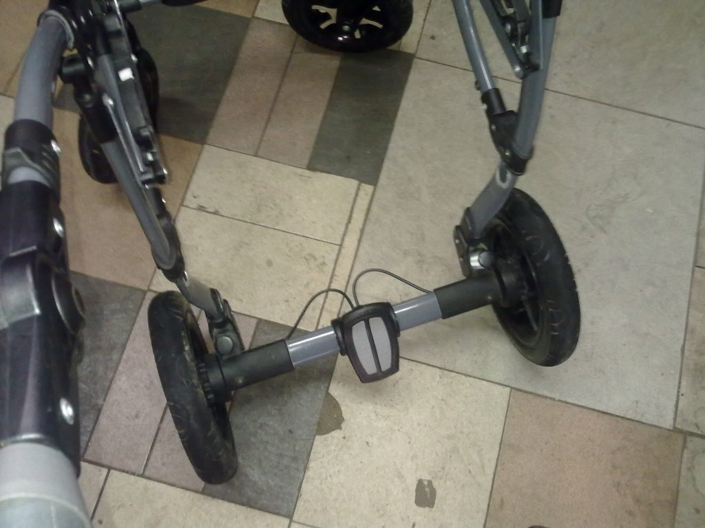 Ремонт каркаса детской коляски